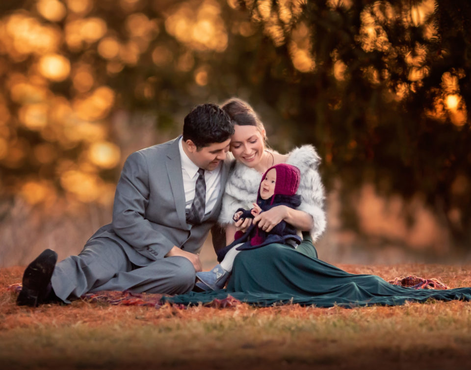 maternity family portrait session cedar rapids iowa