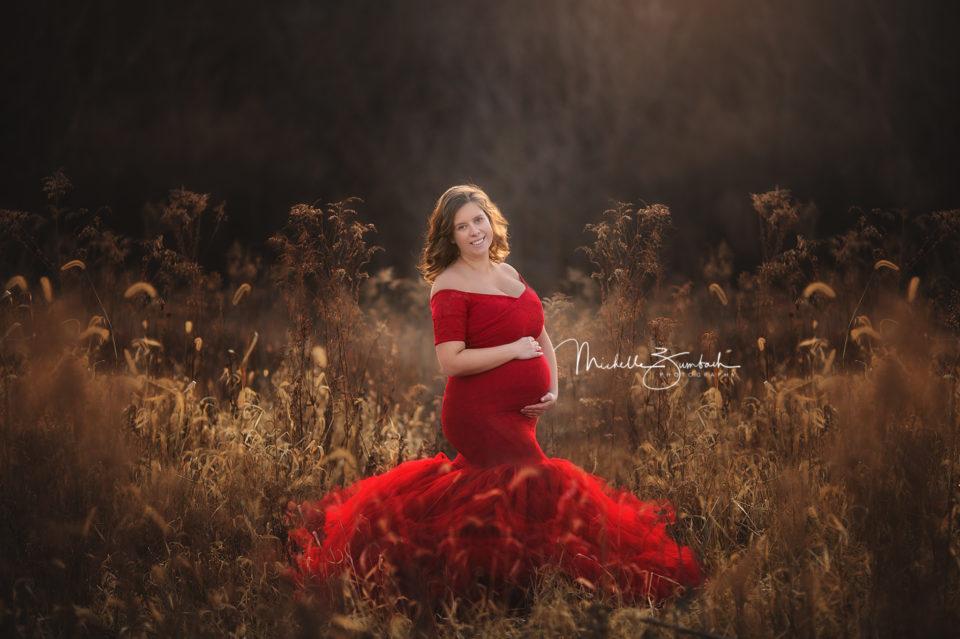 Cedar Rapids maternity photographer