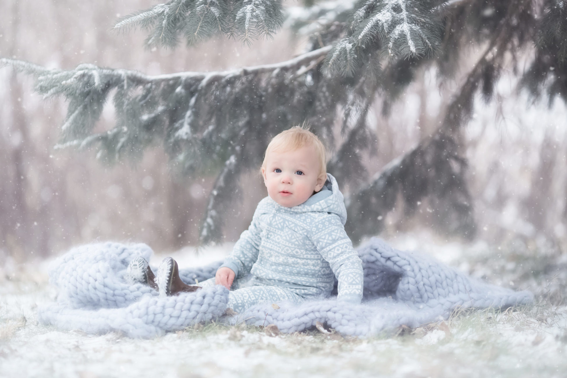 Meet Palo IA Photographer Michelle Zumbach who specializes in maternity, newborn & baby photography available in Palo, Cedar Rapids and Coralville, IA.