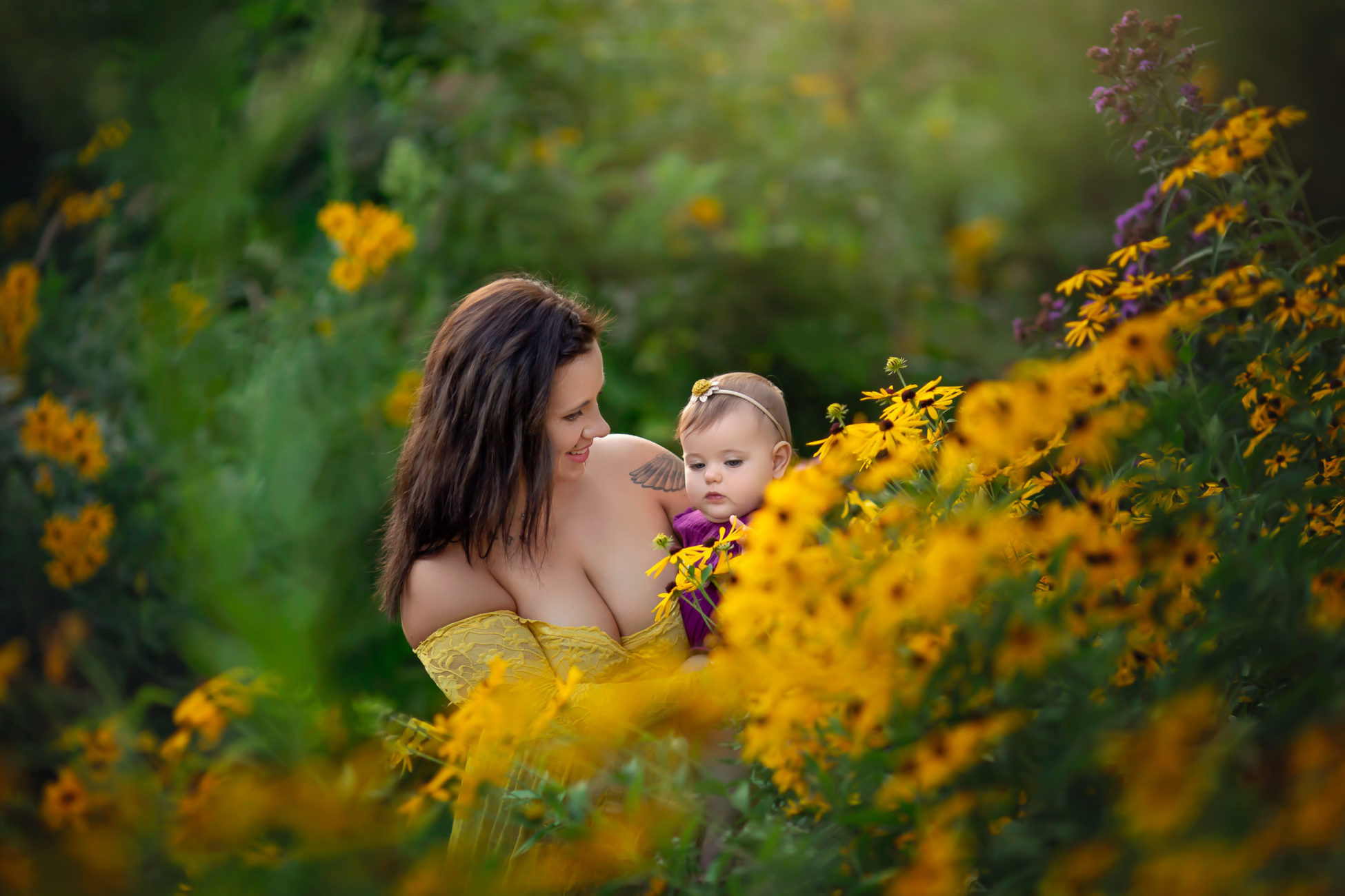Meet Ely IA Photographer Michelle Zumbach who specializes in maternity, newborn & baby photography available in Fairfax, Cedar Rapids and Coralville, IA.